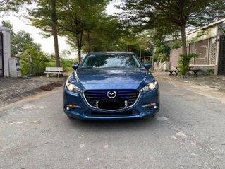 Xe Mazda 3 đăng ký 2017, màu xanh lam, xe gia đình giá chỉ 565 triệu đồng