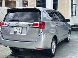 Cần bán xe Toyota Innova năm sản xuất 2017 còn mới
