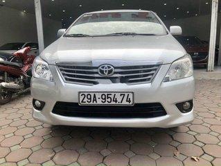 Cần bán xe Toyota Innova năm sản xuất 2013 còn mới