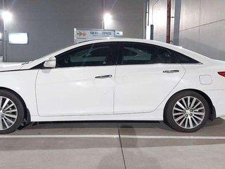 Xe Hyundai Sonata sản xuất năm 2013, nhập khẩu nguyên chiếc còn mới giá cạnh tranh
