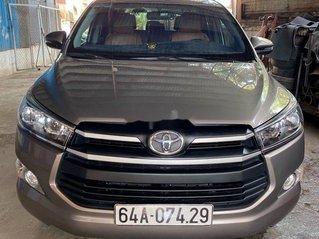 Xe Toyota Innova năm 2019 còn mới, giá 648tr