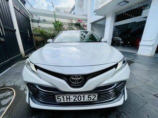 Bán Camry 2.5Q 2019, xe đẹp đi 12.000km - cam kết chất lượng bao kiểm tra hãng