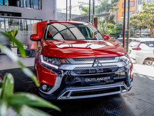 Mitsubishi Outlander 2020 - miễn phí 100% thuế trước bạ, giao xe ngay trước Tết