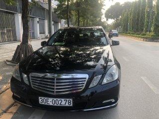Cần bán Mercedes-Benz E 300 2010, mới chạy 70.000km, biển Hà Nội, giá 680tr