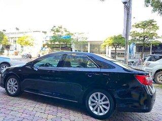 Cần bán Toyota Camry 2014, màu đen, giá chỉ 695 triệu