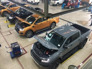 Ford Ranger xả hàng cuối năm - trả trước 120tr