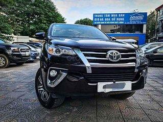 Bán Toyota Fortuner 2.4G 4x2 AT đời 2020, màu đen