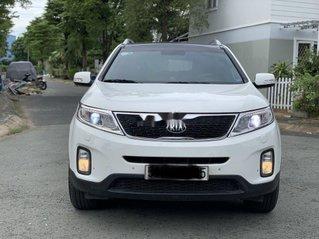 Cần bán xe Kia Sorento đời 2016, màu trắng