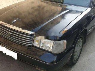Bán ô tô Toyota Crown năm 1996, màu đen chính chủ, giá 20tr