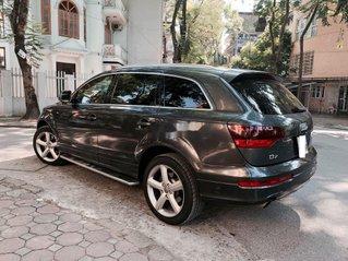 Bán Audi Q7 đời 2009, màu xám còn mới