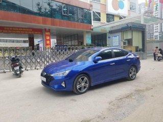 Cần bán xe Hyundai Elantra 2019, màu xanh lam