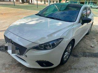 Cần bán Mazda 3 đời 2015, màu trắng còn mới