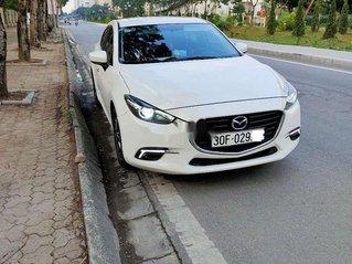 Bán Mazda 3 đời 2018, màu trắng chính chủ, 620tr