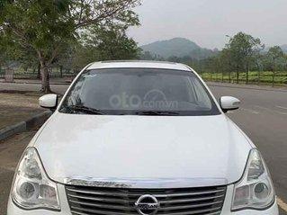 Cần bán Nissan Bluebird đời 2009, màu trắng, nhập khẩu nguyên chiếc