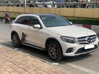 Bán Mercedes GLC 300 2010, màu trắng