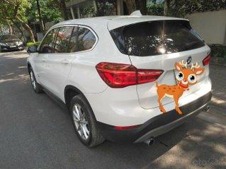 Trắng tinh cho lòng nàng rung rinh - BMW X1 2016 trắng nhập khẩu