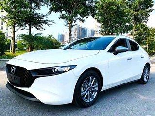 Bán Mazda 3 1.5L Sport Luxury năm sản xuất 2020, màu trắng chính chủ, giá 745tr