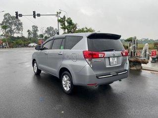 Bán Toyota Innova 2.0E số sàn ĐK T4/ 2019, màu bạc