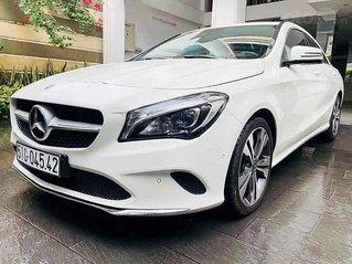 Bán Mercedes CLA 200 năm 2017, màu trắng, xe nhập đẹp như mới