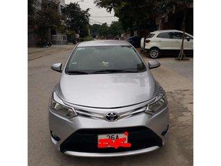 Bán Toyota Vios năm 2015 còn mới, giá 332tr