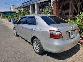 Cần bán xe Toyota Yaris sản xuất 2008, màu bạc