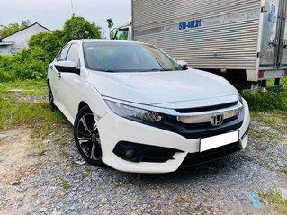 Bán xe Honda Civic đời 2017, màu trắng