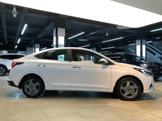 Bán Hyundai Accent sản xuất năm 2020, màu trắng