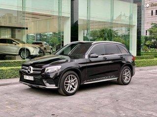 Bán xe Mercedes GLC300 sản xuất năm 2018, màu đen
