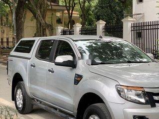 Cần bán xe Ford Ranger 2015, màu bạc, nhập khẩu