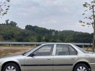 Bán xe Honda Accord sản xuất năm 1995, nhập khẩu nguyên chiếc còn mới, giá tốt
