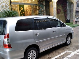 Xe Toyota Innova năm sản xuất 2014 còn mới giá cạnh tranh