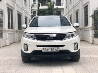 Cần bán Kia Sorento năm sản xuất 2014, màu trắng chính chủ