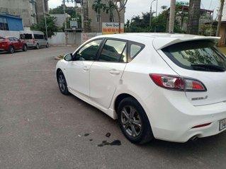 Cần bán Mazda 3 năm 2010, màu trắng, nhập khẩu