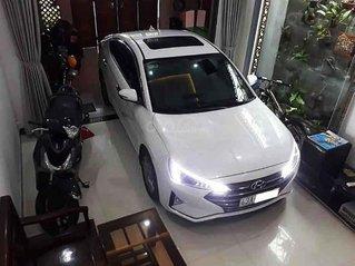 Cần bán Hyundai Elantra GLS năm sản xuất 2019, màu trắng