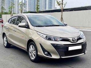 Chính chủ bán ô tô Toyota Vios năm 2019, màu vàng cát