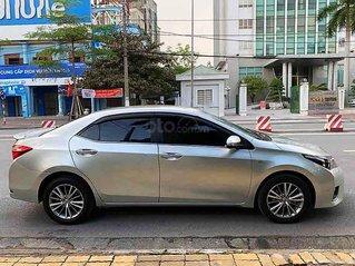 Bán Toyota Corolla Altis sản xuất năm 2015, màu bạc số tự động, giá chỉ 548 triệu