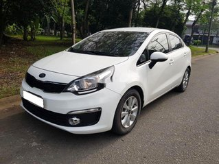 Cần bán xe Kia Rio năm sản xuất 2016, màu trắng, nhập khẩu