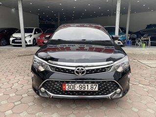 Bán ô tô Toyota Camry năm 2018, màu đen