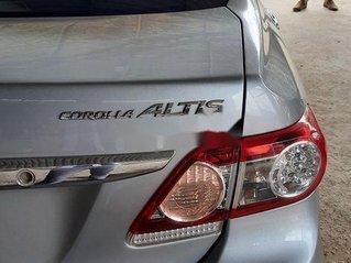 Xe Toyota Corolla Altis năm sản xuất 2011, màu bạc