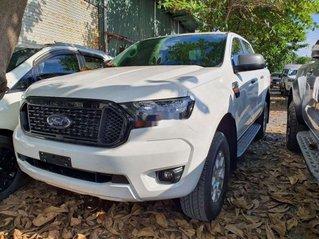 Bán xe Ford Ranger sản xuất 2020, màu trắng, nhập khẩu nguyên chiếc giá cạnh tranh