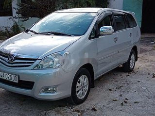 Bán Toyota Innova sản xuất 2009, màu bạc