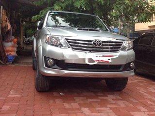 Cần bán lại xe Toyota Fortuner 2013, màu bạc còn mới, 635 triệu