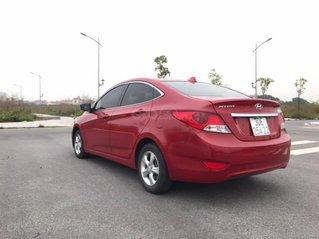 Cần bán Hyundai Accent AT 2010, đăng kí 2011, màu đỏ