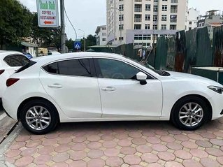 Bán xe Mazda 3 đời 2015, màu trắng chính chủ