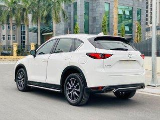 Cần bán xe Mazda CX-5 2.5AT 2018, màu trắng