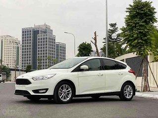 Bán ô tô Ford Focus sản xuất 2019, màu trắng, 565 triệu