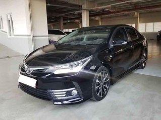 Bán Toyota Corolla Altis đời 2018, màu đen