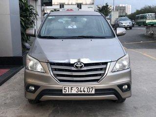 Cần bán xe Toyota Innova sản xuất 2015 còn mới, 495tr
