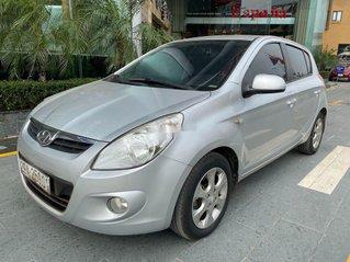 Cần bán xe Hyundai i20 năm sản xuất 2011, màu bạc, xe nhập, 282tr