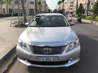 Cần bán Toyota Camry năm sản xuất 2013, màu bạc chính chủ, 660 triệu